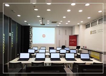 Alquiler de Salas y Espacios en Logroño - Sala de Formación con ordenadores portátiles