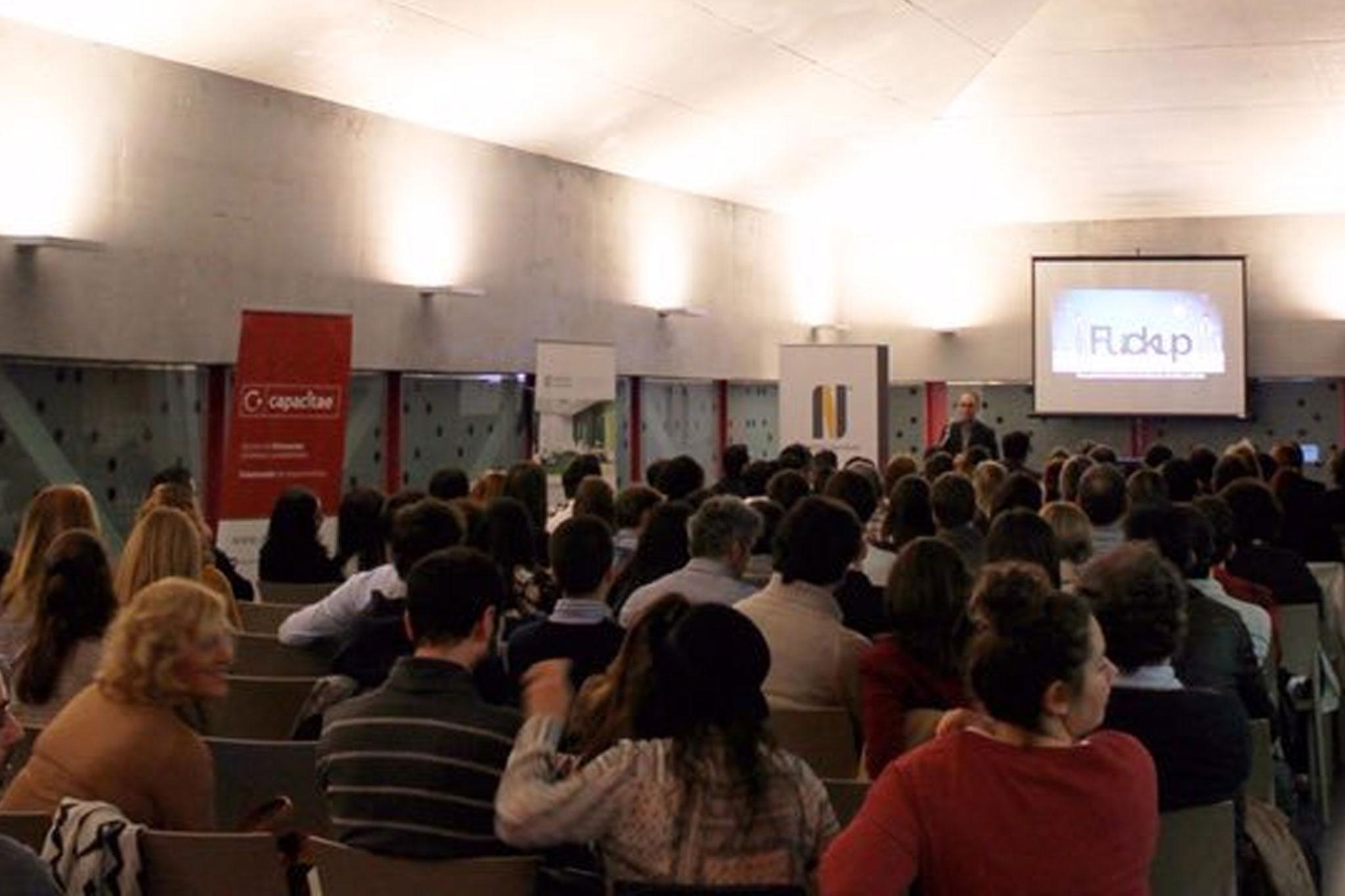 Fuckup Night organizada el 22 de octubre de 2015 en el CTR de La Rioja