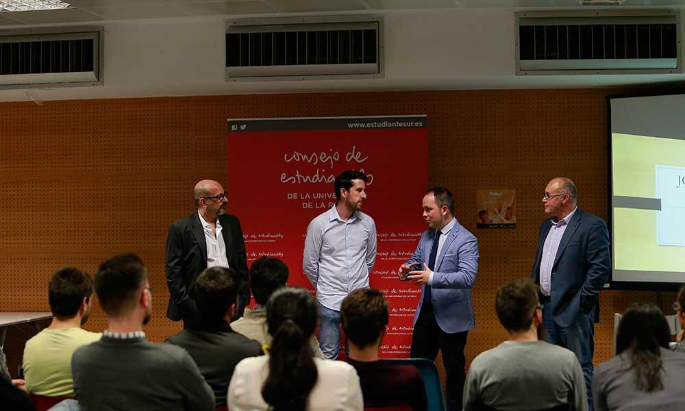 Clausura de las FuckUp Nights en la Universidad de La Rioja con ronda de preguntas